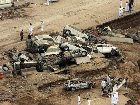 Two jailed over Jeddah floods corruption - Arabianbusiness