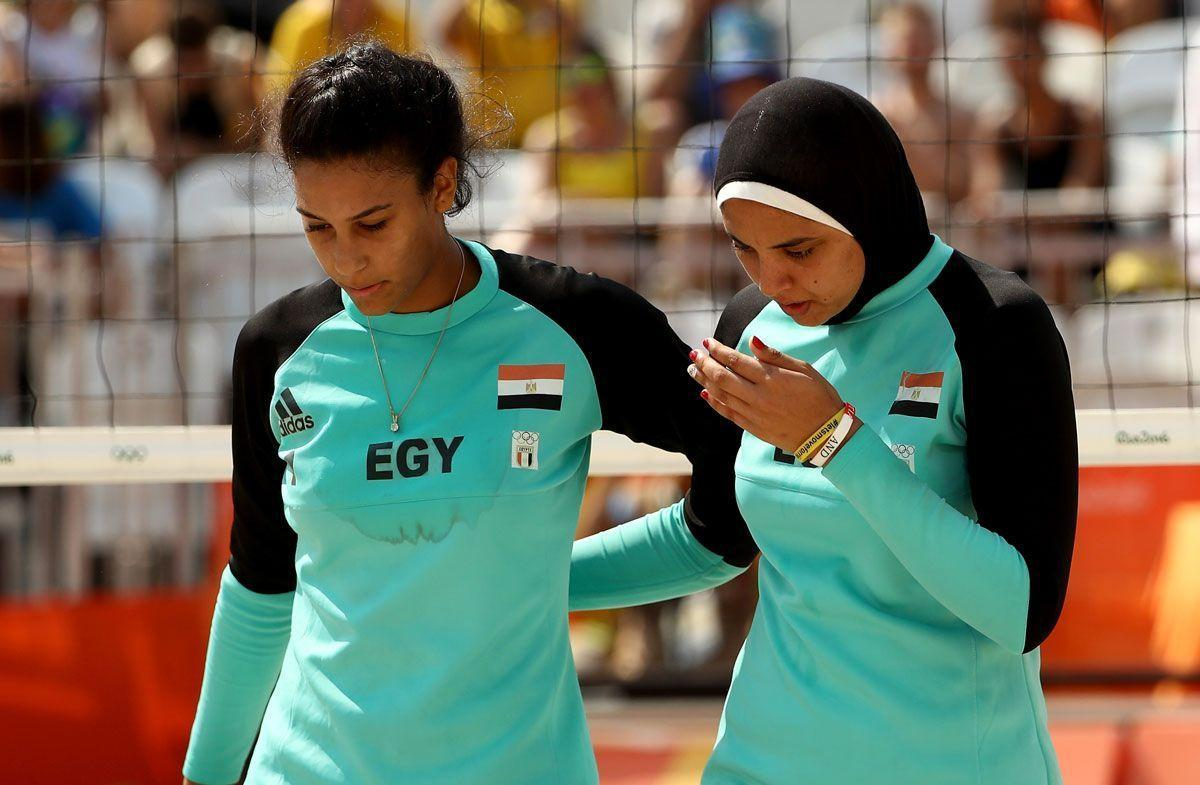 Egypt Beach Volleyball Player In Hijab Gets Brazilian Support Arabianbusiness