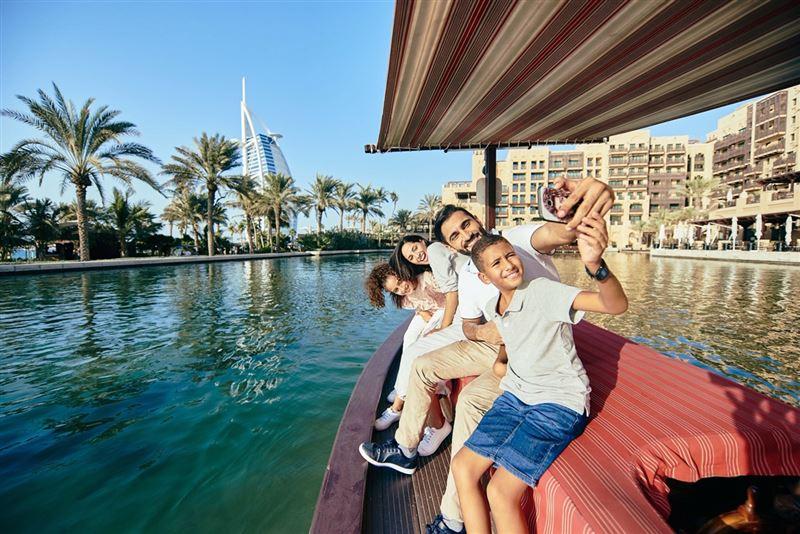 Dubai extends tourist visas for visitors to emirate thumbnail