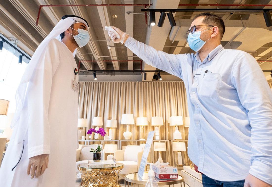 New daily coronavirus cases remain above 900 as the UAE seeks more vigilance thumbnail