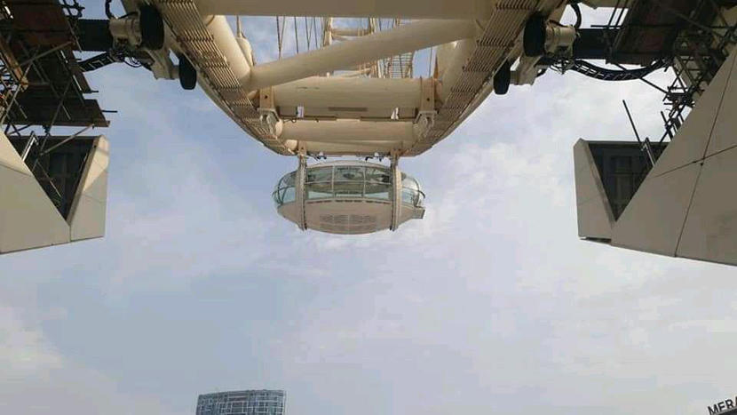 First passenger capsule added to Ain Dubai, the world's largest ferris wheel thumbnail