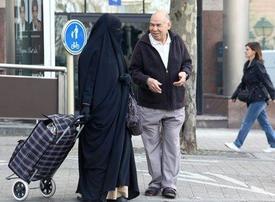Belgium votes to ban burqa in public