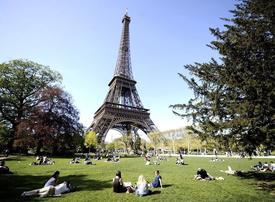 Muslim creationists tour France denouncing Darwin