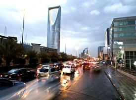 Saudi Arabia said to review imposing fees on expat workers