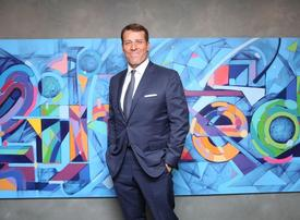 Celebrity speaker Tony Robbins hits back at sex abuse claims