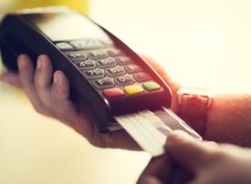 New safety measures for Saudi shoppers include cashless payments