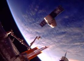 Video: SpaceX Dragon arrives home from International Space Station