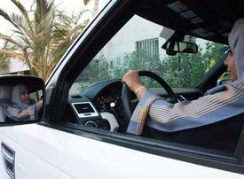 Saudi women in the driving seat