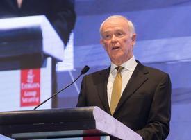 US laptop ban 'hugely disruptive', says Emirates' Tim Clark