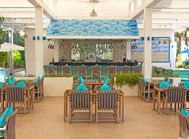 Beachside restaurant Plaj reopens on The Palm