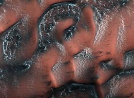 Video: NASA's best images from all over the solar system - 2017 in space