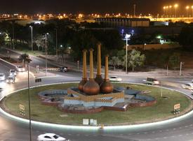 Abu Dhabi replaces concrete pavements with illuminated kerbstones
