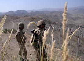 Pakistan to send troops to Saudi Arabia to train and advise