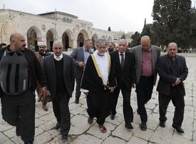 Oman minister in rare visit by Arab official to Jerusalem holy site