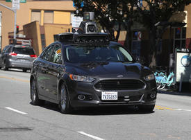 Software behind self-driving Uber crash didn't recognise jaywalkers