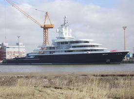 $450m superyacht in divorce case freed to leave Dubai