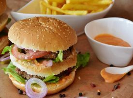 Western diets lead to higher cancer risk for Arab men, says Cleveland Clinic