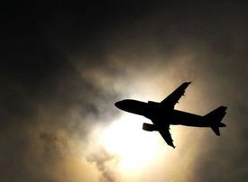 Restrictions placed on US civilian flights over Gulf, Iraq, Iran