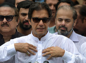 An economic crisis awaits Pakistan's new leader Imran Khan