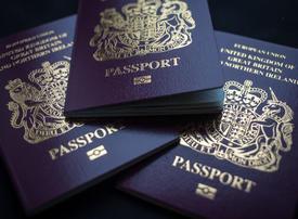 Iraq and Iran: UK issues renewed travel warnings