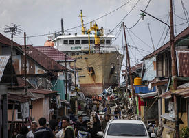 In pictures: Aftermath of Indonesia's twin quake-tsunami disaster