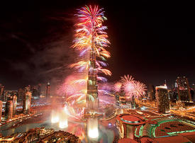 Video: Glimpse of New Year's Eve fireworks display at the Burj Khalifa