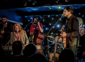 Hothouse Flowers set to turn Dubai Opera green on St Patrick's Day
