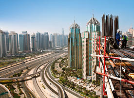 Strong improvements in Dubai's private sector in November