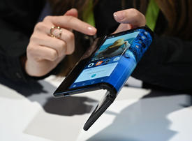 Video: First bendy phone on show at CES Las Vegas