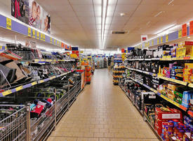 UAE permits 24-hour opening for supermarkets and pharmacies, but limits capacity