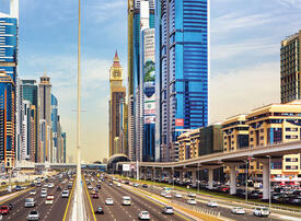 Tailgaters, lane hoggers in Dubai will be hit with equal fines