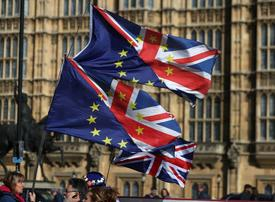 Video: Brexit explained - what will happen if the UK leaves or remains in the EU?