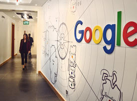 Google advertising revenue growth slows, triggering share slump