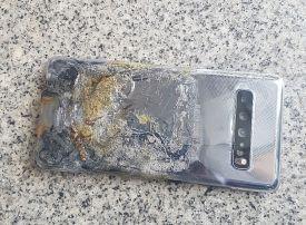 Samsung denies new Galaxy phone burnt from malfunctioning