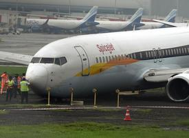 Emirates airline operating flights to Mumbai 'as normal'