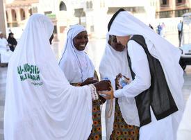 Saudi Arabia enlists 350,000 people to help Hajj pilgrims