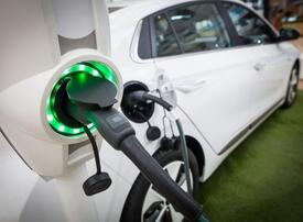 Video: Can electric vehicles go mainstream?