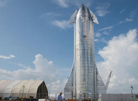 """Gallery: SpaceX's new stainless-steel """"Starship"""" rocket"""
