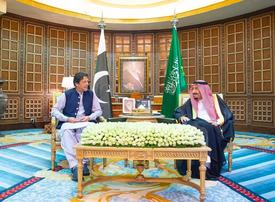Gallery: Pakistan Prime Minister Imran Khan meets with Saudi King, Crown Prince