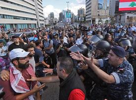 Lebanon government falls, protesters demand 'more'