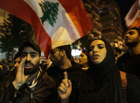 Protests resume in Lebanon to demand end to political vacuum