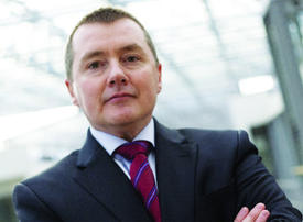 UK airline giant IAG says CEO Willie Walsh to retire