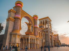 Bad weather forces Dubai's Global Village to close