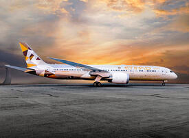 Etihad Airways losses narrow amid fall in operating costs