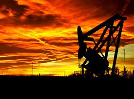 Saudi oil supply hits record 18.8m barrels as price war rages