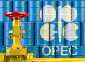 OPEC Middle East oil flows surged in April as Saudis opened taps
