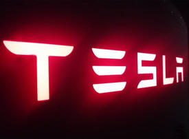 Tesla to face lawsuit over Elon Musk's take-private tweet