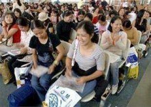 Survey shows 50% of expats fear job loss - UAE, Bahrain