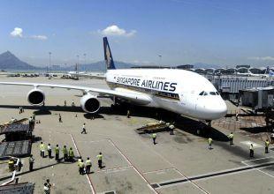 Singapore Airlines grounds superjumbo fleet