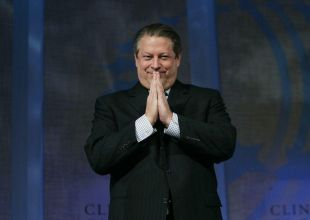 Al Gore defends TV sale to Qatar's Al Jazeera